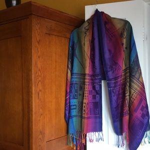 Beautiful shawl / scarf